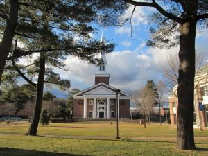 A_J_Gordon_Memorial_Chapel,_Gordon_College,_Wenham_MA